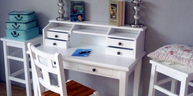 schreibtische aus holz kreutz landhaus magazin. Black Bedroom Furniture Sets. Home Design Ideas