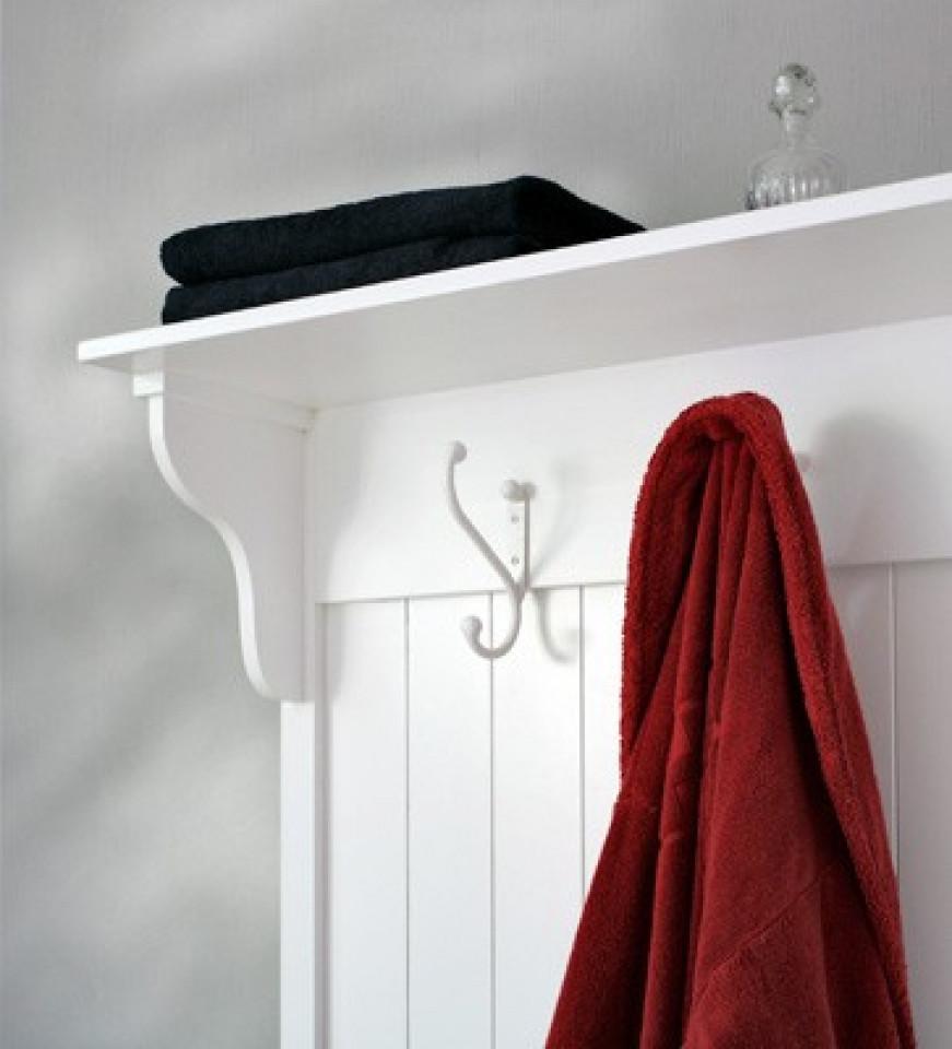 garderobenschrank oder antike garderobenhaken kreutz. Black Bedroom Furniture Sets. Home Design Ideas