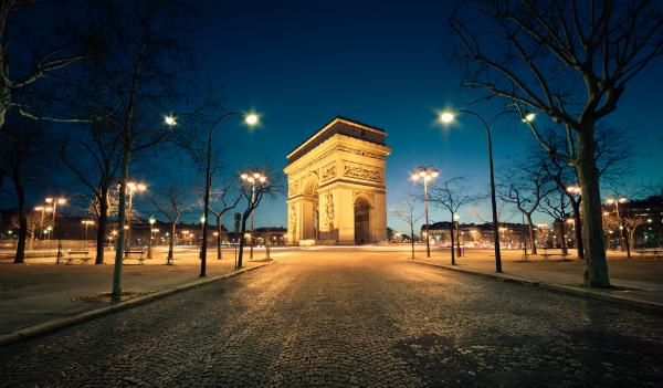 Der Arc de Triomphe de l'Étoile (erbaut 1806-1836)