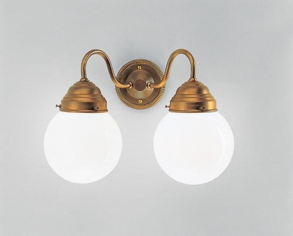 wandleuchte-a92-115op-badbeleuchtung-landhausbad