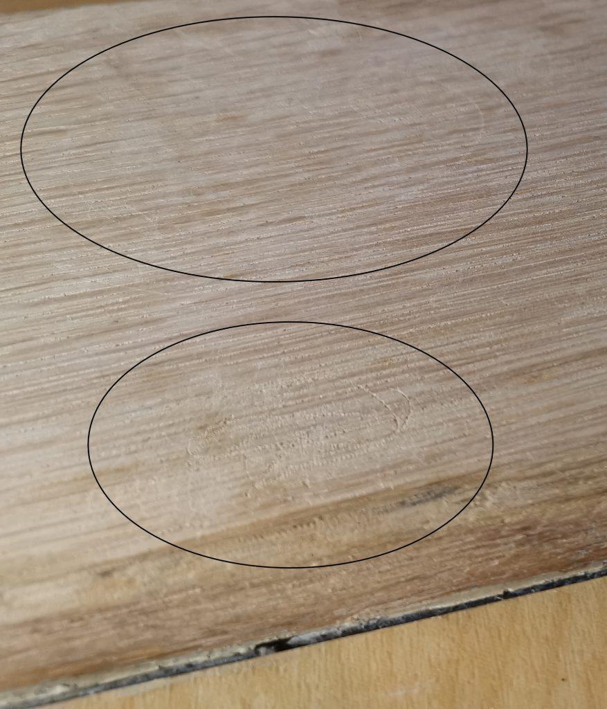 Das Bild zeigt die Kratzer, die beim punktuellen Schleifen entstehen.