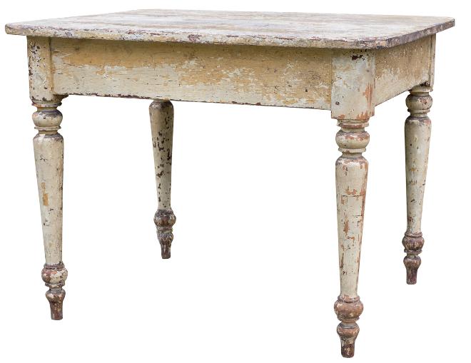 Alter Tisch mit weißer abbröckelnder Farbe
