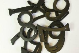 Hausnummer Eisen schwarz - verschiedene Ziffern