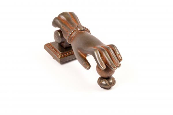 Türklopfer aus massivem Eisen antik patiniert