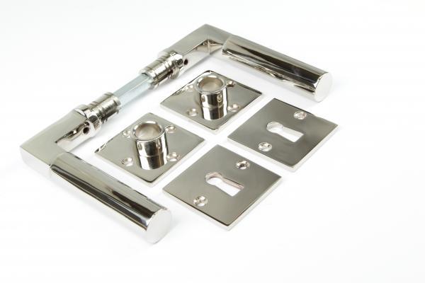 Bauhaus Türdrücker aus massivem Messing glänzend vernickelt + Schlüsselrosetten BB